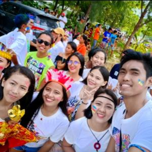 フィリピンで有名なシヌログ祭り