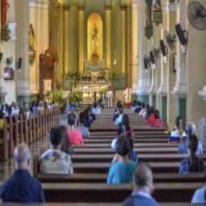 セブ市の商業施設、教会の収容人数の制限