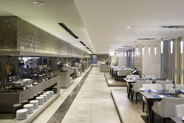 BAIホテル内ブッフェレストラン